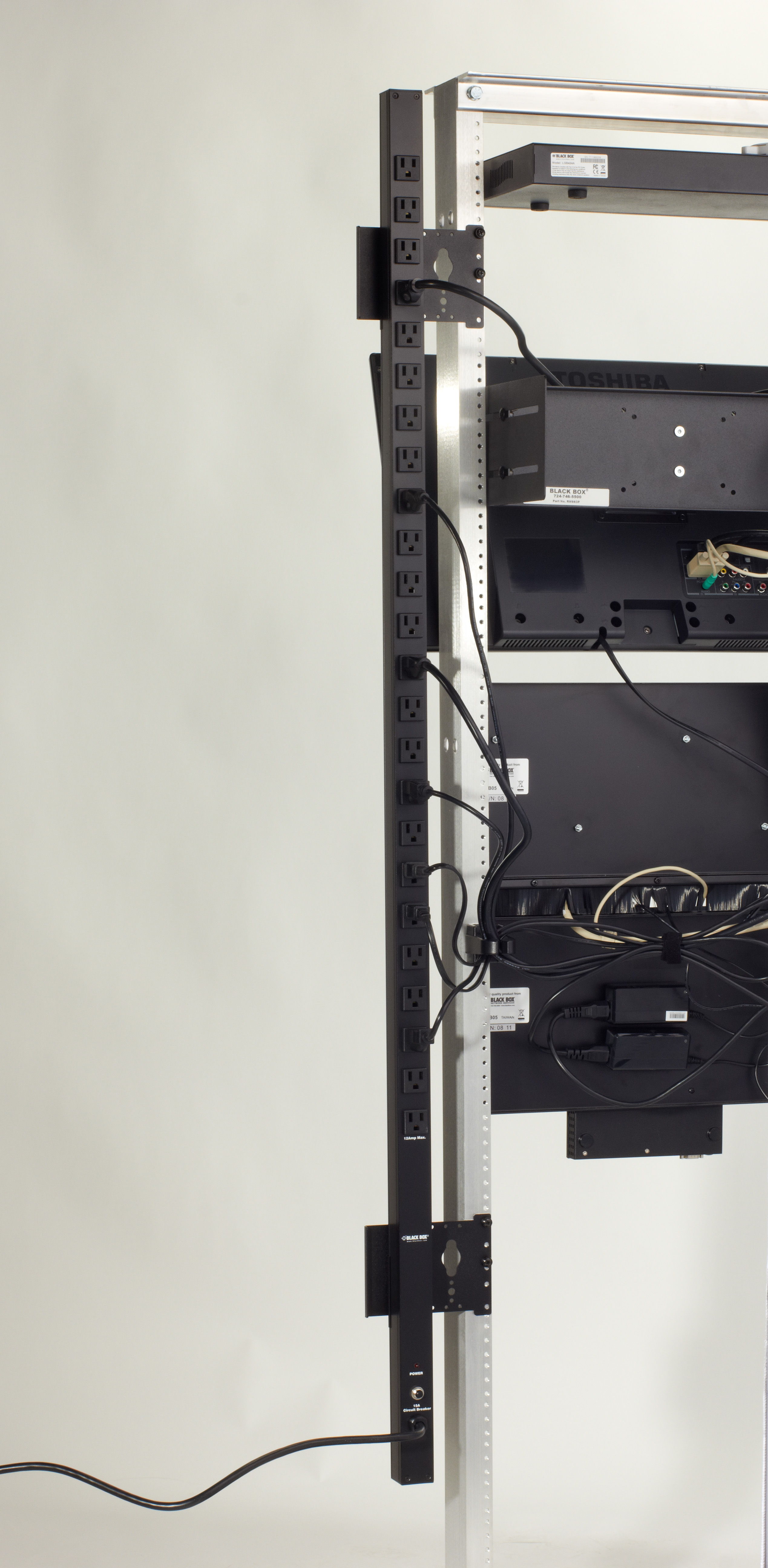 Vertical Rackmount Surge-/Circuit-Protected Power Strip - 15-Amp ...