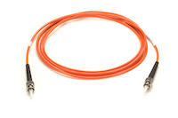 LockPORT CAT5e Secure Locking Patch Cable 15.2//22.8-cm Red 6-in.//9-in.
