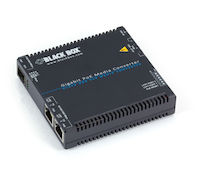LGC5200 Series Gigabit Ethernet (1000-Mbps) PoE Media Converter - (2) 10/100/1000-Mbps Copper to 100/1000-Mbps Fiber SFP